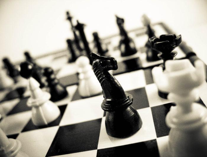 chess figurines